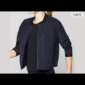 Athleta Navy Bomber jacketA worm once! Sz XL